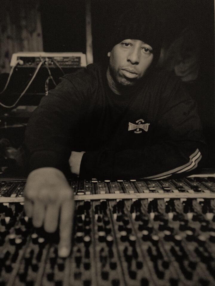 top 10 producers in nyc hip hop hip hop golden age hip hop golden age. Black Bedroom Furniture Sets. Home Design Ideas