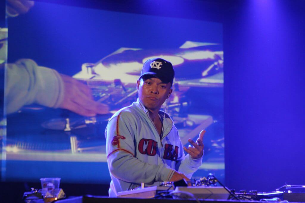 DJ_Q-bert_in_France