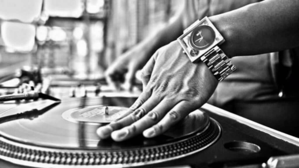 5 Classic Hip Hop DJ Party Songs